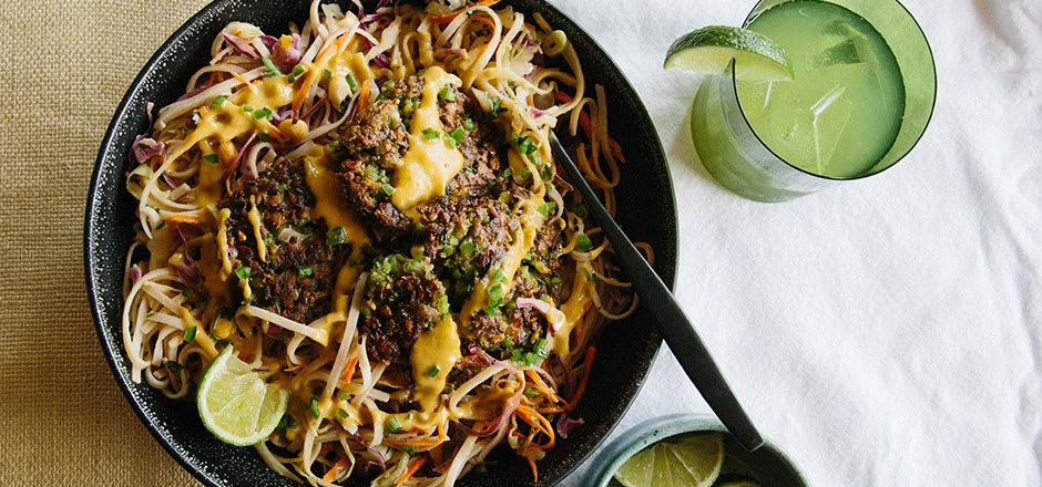Falafel-Curry Noodle Bowl